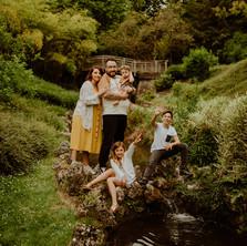 Photographe à Troyes, séance photo en famille au jardin du rocher