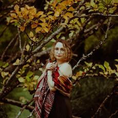 Photographe à Troyes, Portrait de femme en extérieur à l'automne