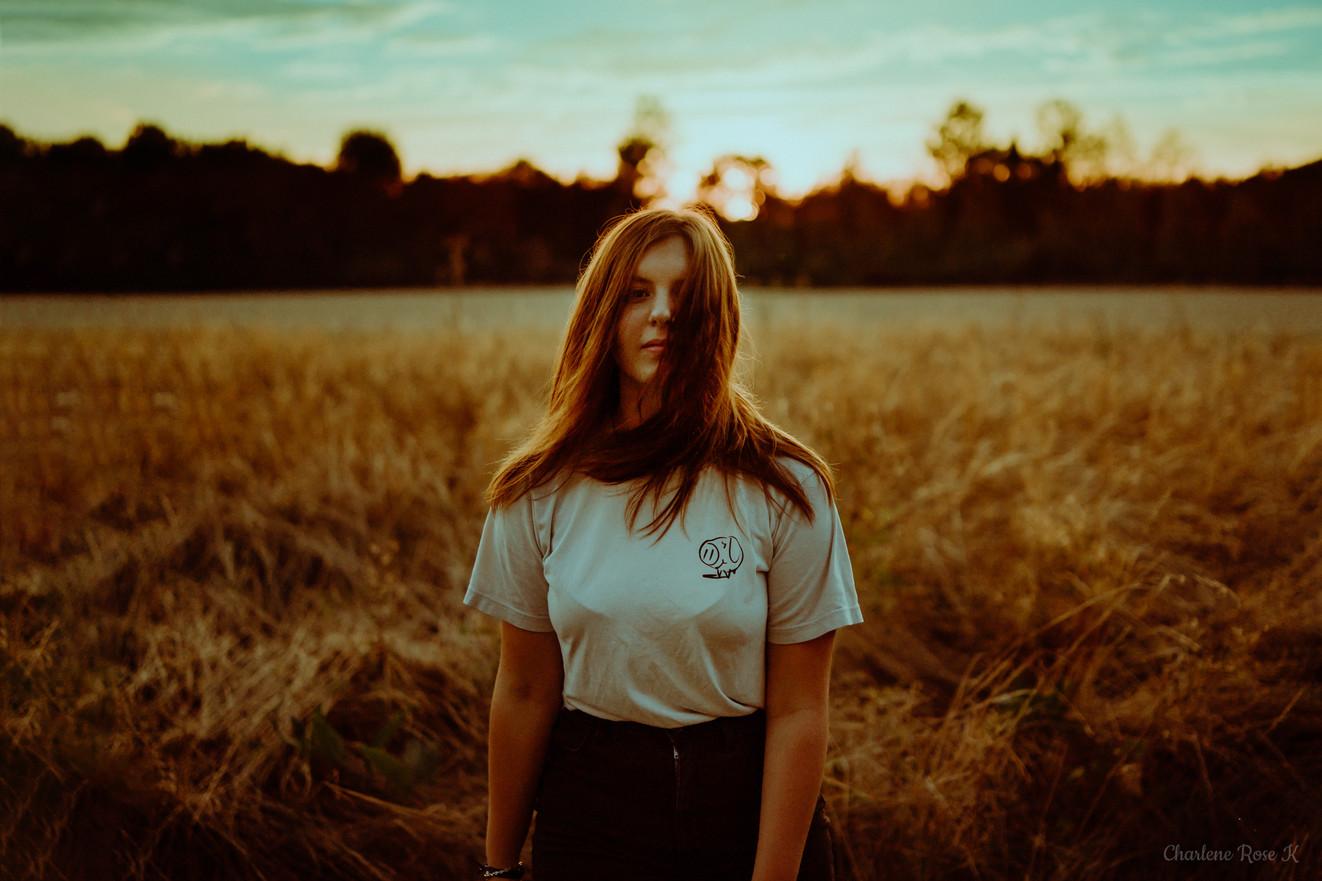 seance-photo-troyes-solo-femme-exterieur-crk-coucher-soleil-1