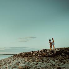 Photographe à Troyes, séance photo grossesse futurs parents au lac