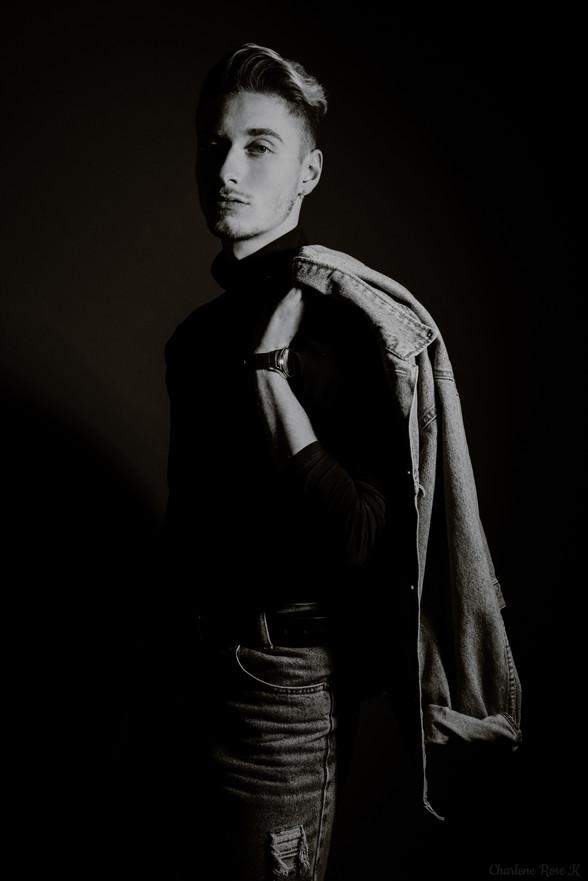seance,photo,troyes,homme,studio,noir,blanc,fashion,mode,charlene,rose,k