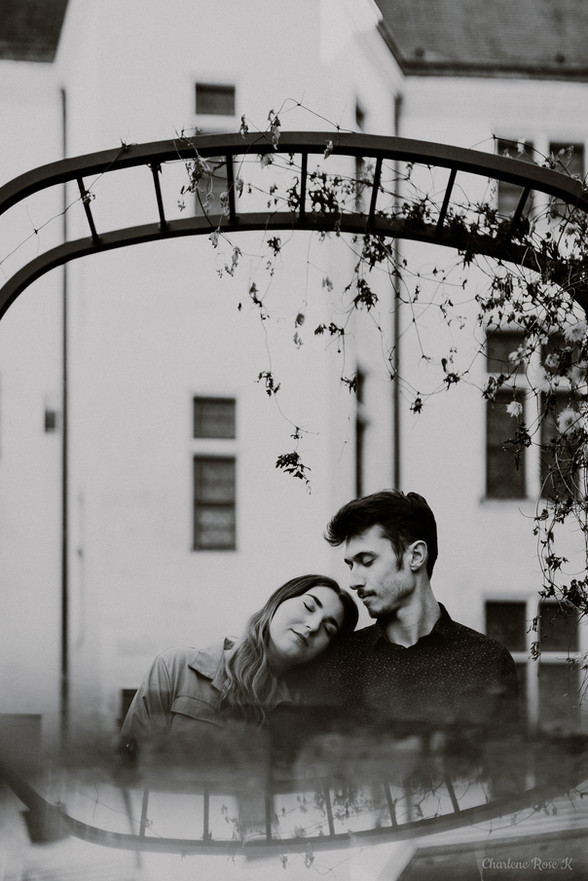 photographe,troyes,couple,lifestyle,noir,blanc,reflets,charlene,rose,k