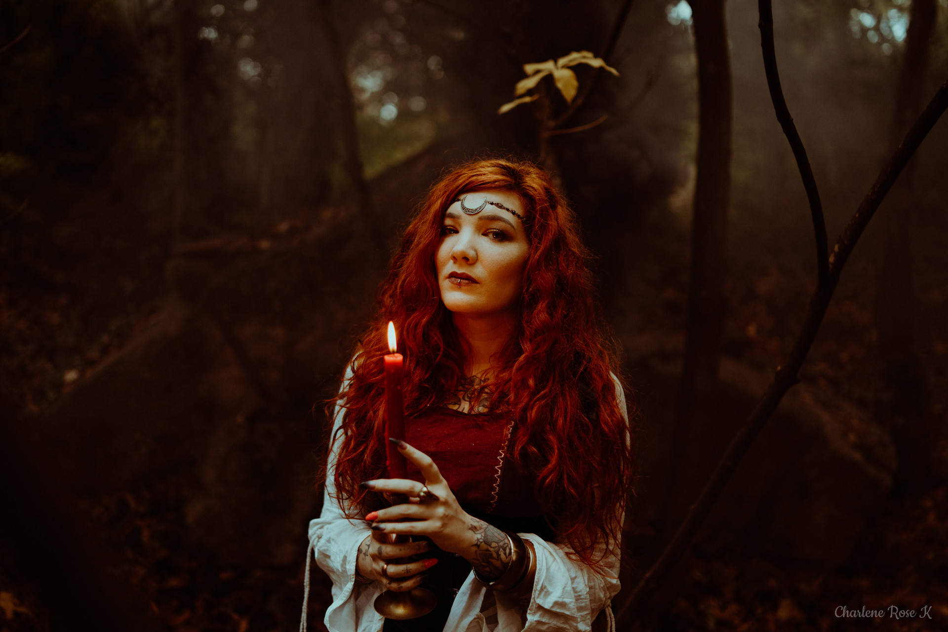 seance-photo-troyes-solo-femme-exterieur-witchy-crk-3