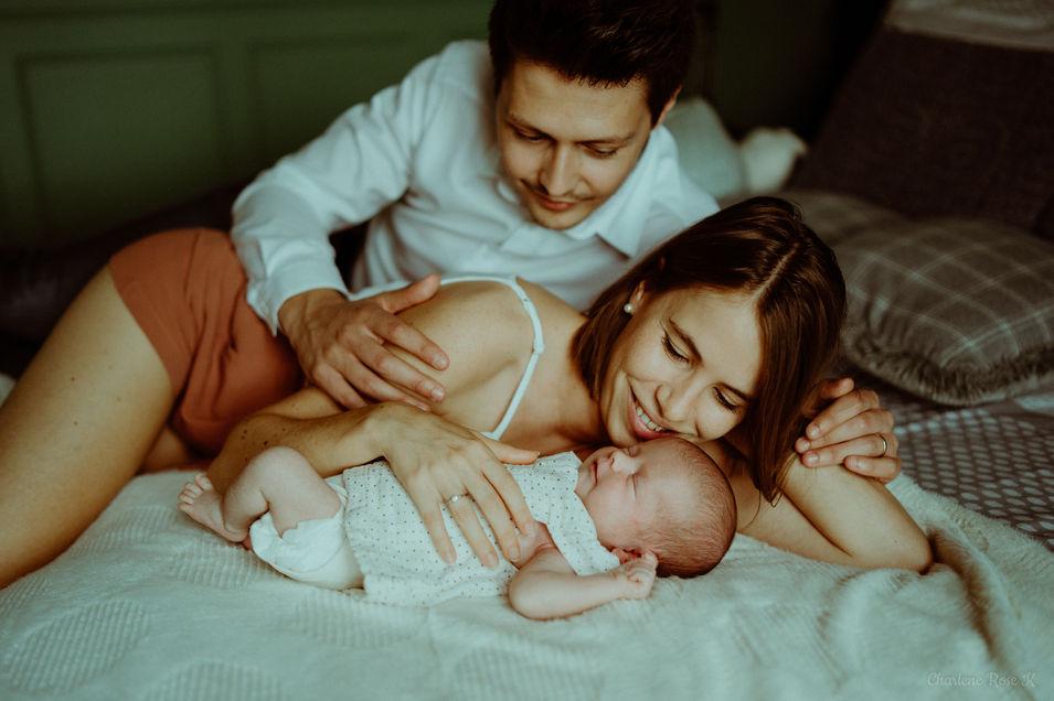 photographe,troyes,bébé,naissance,nouveau,né,famille,domicile,lifestyle,charlene,rose,k