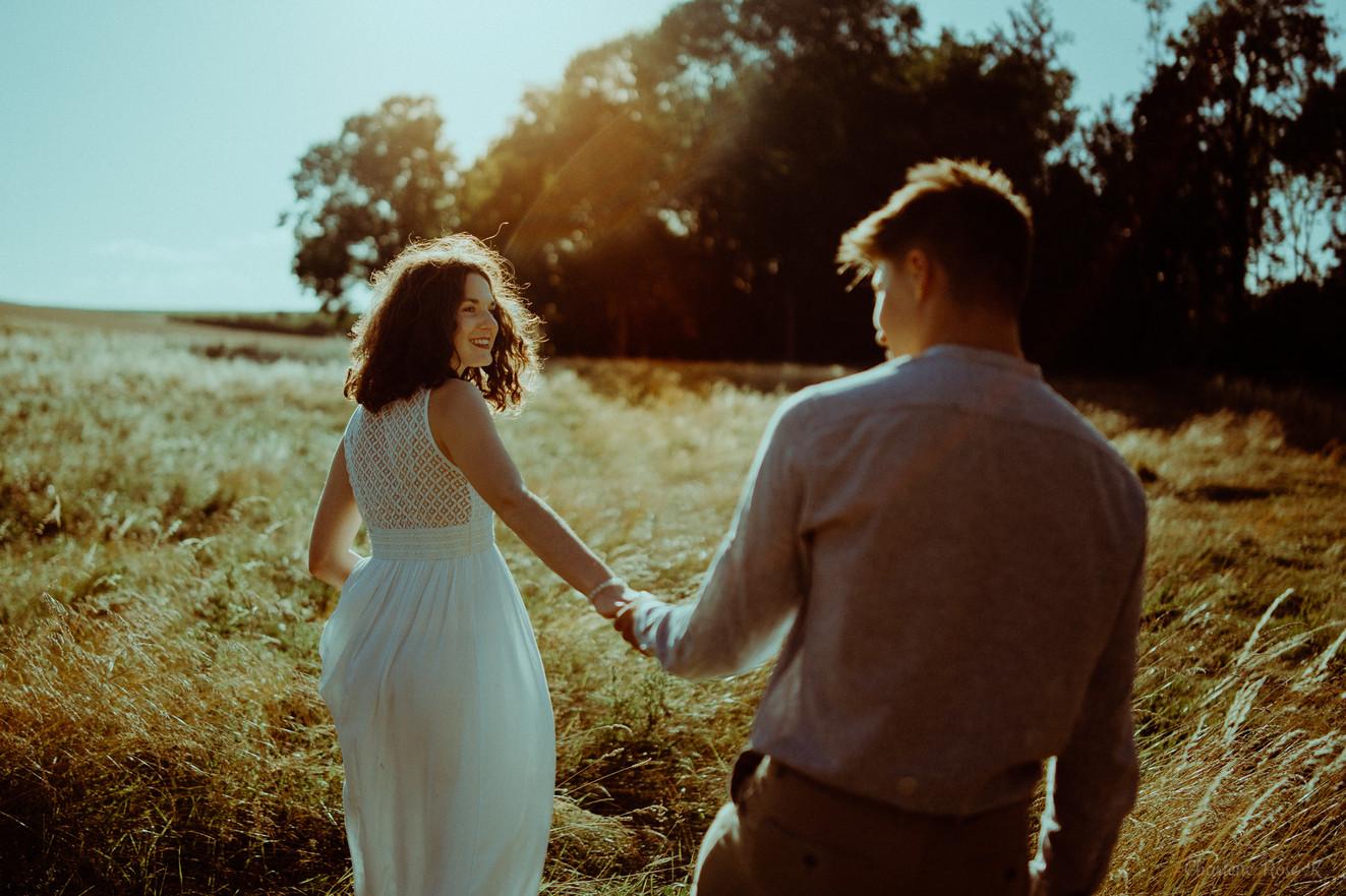 photographe-troyes-couple-champetre-mariage-goldenhour-lifestyle-crk-gc-5