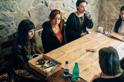 Reunidos na mesa 2