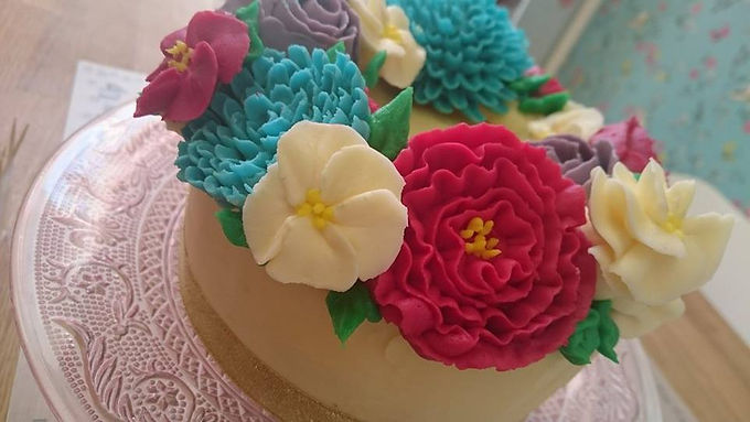 Perfect Piping with Buttercream