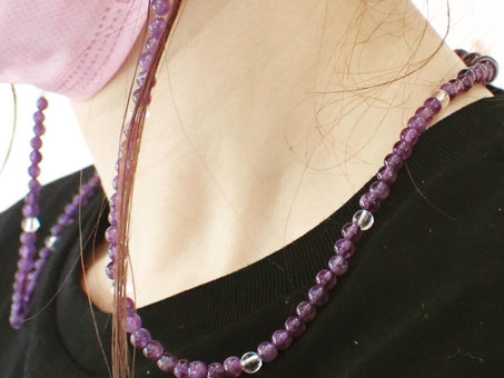 【ハンドメイドネックレス製作実例】アメジストと水晶のマスクネックレスをご用命頂きました。