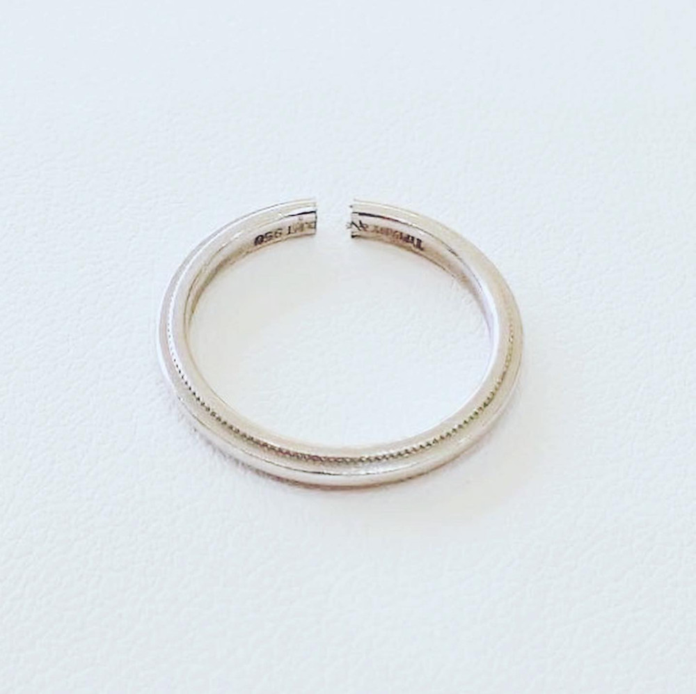 切断した結婚指輪 リング切断 プラチナリング ミルグレイン 指輪修理 リング修理 指輪サイズ直し リングサイズ直し 山形県山形市 宝石店 ジュエリーショップ アトリエジェムカフェ ジュエリー修理 ジュエリーリフォーム