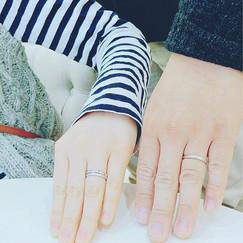 【No.2 2人の指輪を重ねるとオレンジの花が浮き出る結婚指輪&婚約指輪】