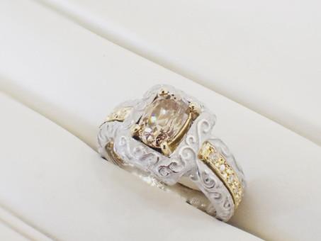 【オーダーメイドリング制作実例】アンティーク調のダイヤモンドリングをお仕立て致しました。