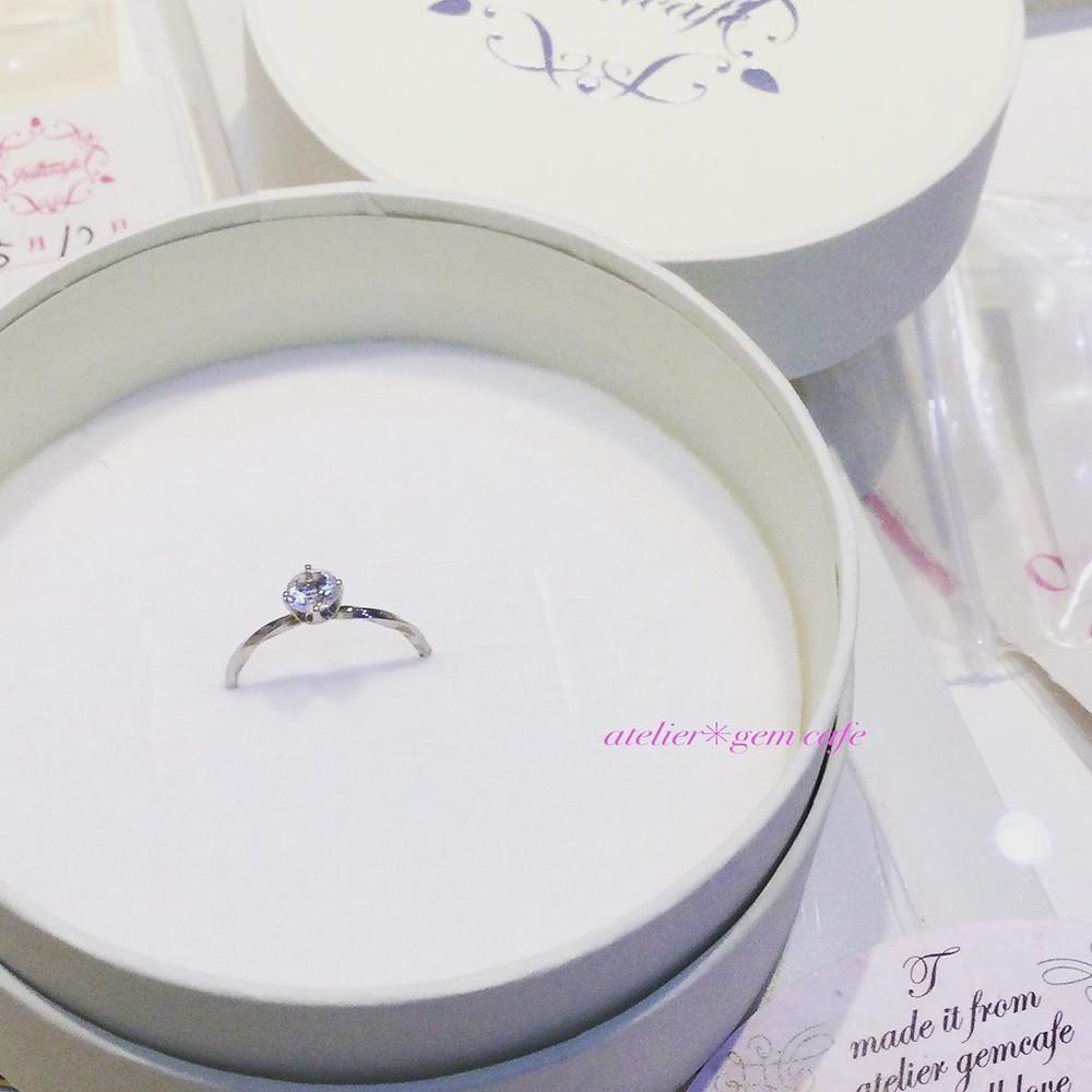 水晶婚 プレゼント 指輪 リング アニバーサリーリング 結婚15周年 贈り物 山形県山形市 宝石店 ジュエリーショップ アトリエジェムカフェ