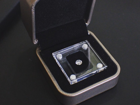 【ダイヤモンドでプロポーズ】プロポーズ専用のダイヤモンドケースをご紹介いたします。