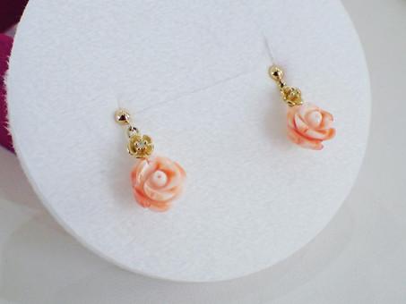 【デザイナーズジュエリー】珊瑚のピアスをご用命頂きました。