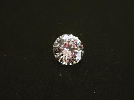 【ダイヤモンドプロポーズ】プロポーズジュエリー用のダイヤモンドをご用命頂きました。