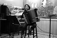 Julia%20Williams%20accordion%20lessons%2