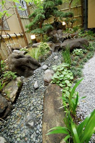 料亭の中庭