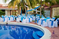 decoracion mesas manteleria celeste cyan piscina area campestre