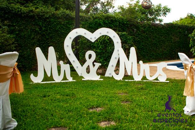 decoracion casamiento boda jardines campestre corazon con luces
