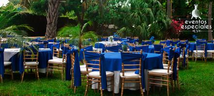 bodas azul sillas tiffany manteles