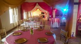 decoracion rosada platos putter sillas tiffany doradas