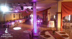 juego de luces bodas banquetes fiestas discomovil luces rotativas sillas tiffany