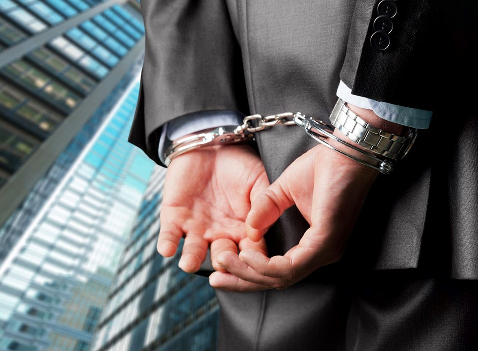 What-Constitutes-a-White-Collar-Crime-in