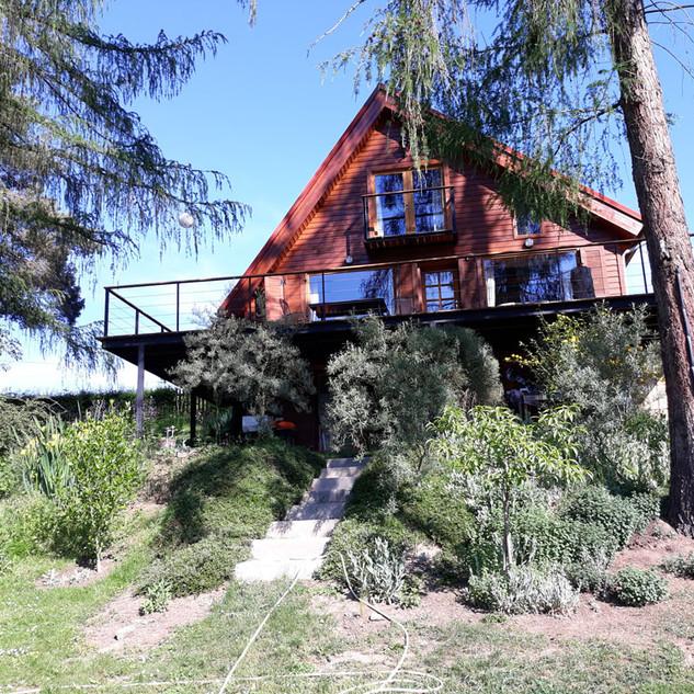 Pohled na náš dům od vody
