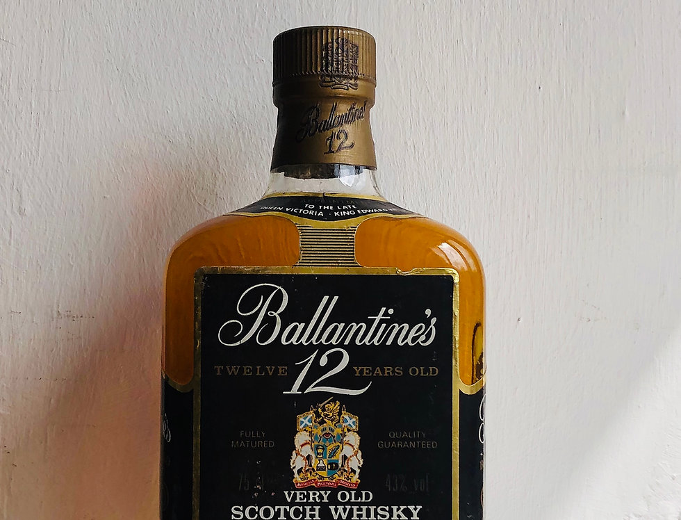 Whisky : Ballantine's 12 years old, distilled 1970's & bottled 1980's