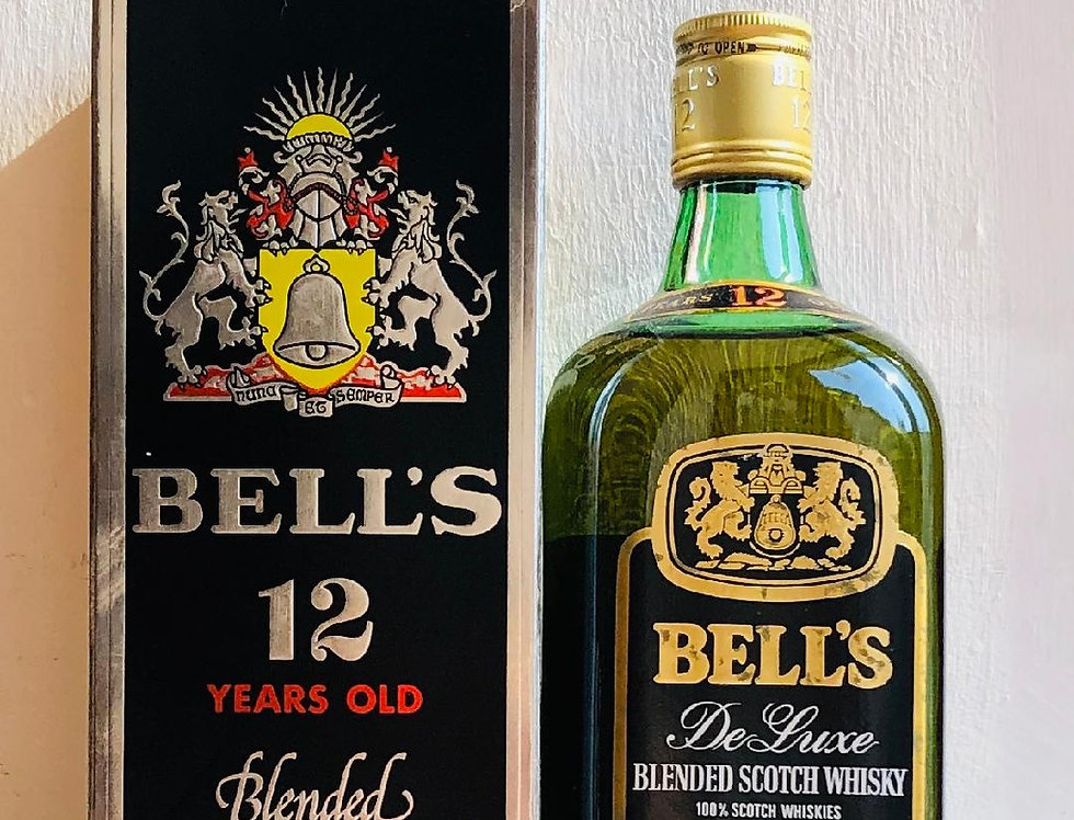 Whisky : Bells 12 years old De Luxe Blended Scotch, content 1960's