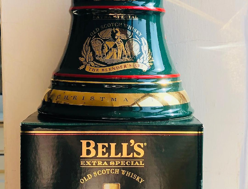 Whisky : Bells Decanter : Christmas 1994