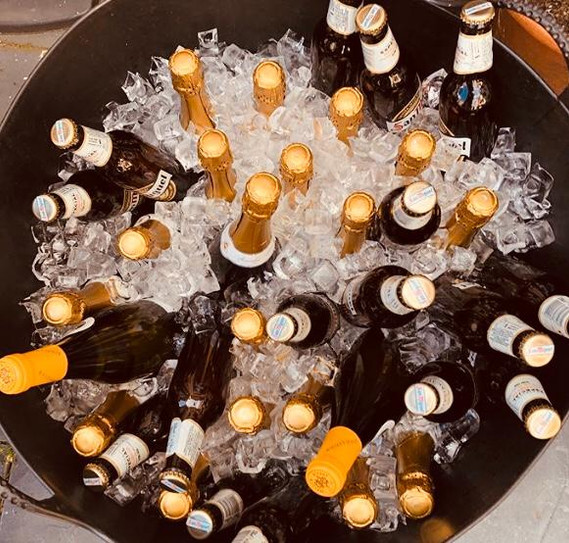 Ice chilled fizz & beers