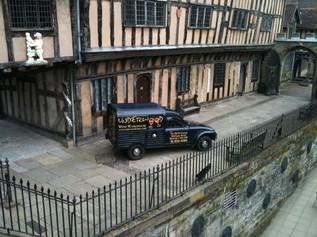 Underwoods old & rare van delivery
