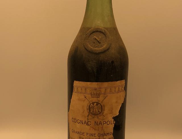 Cognac : Napoléon Grande Fine Champagne Cognac 1811