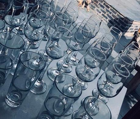 Glass supply service