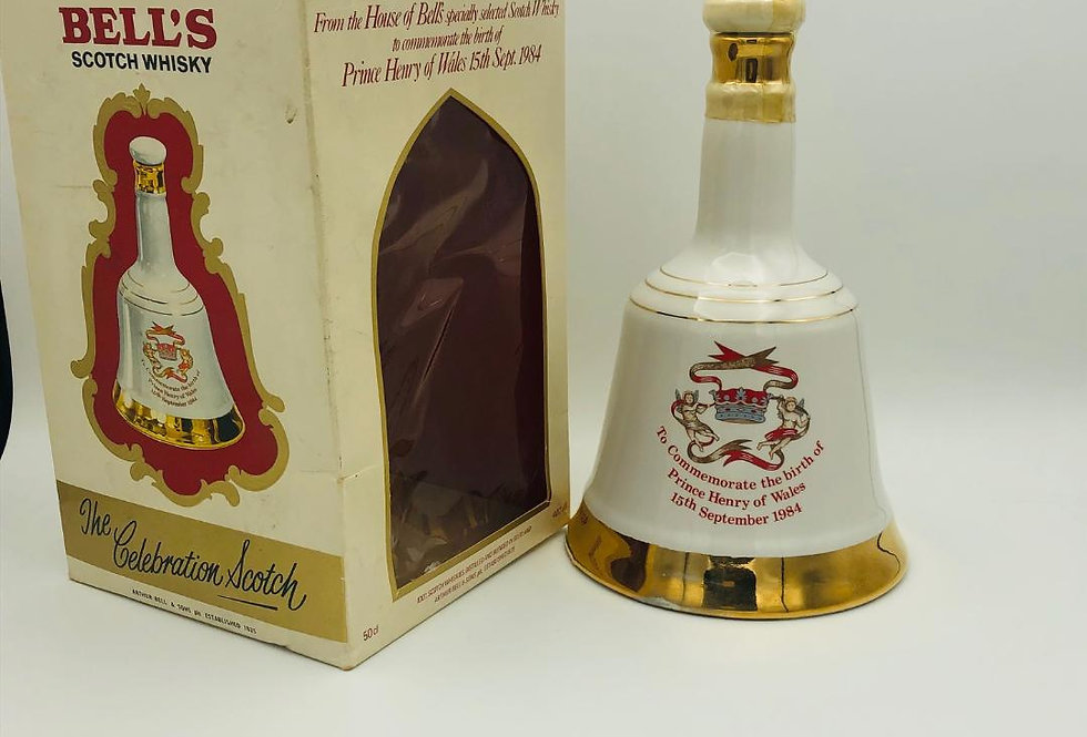 Whisky : Bells Decanter to commemorate The Birth of Prince Henry