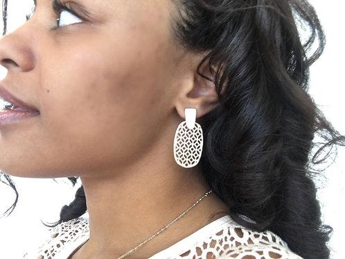 Geometric Eyelet Oval Earrings