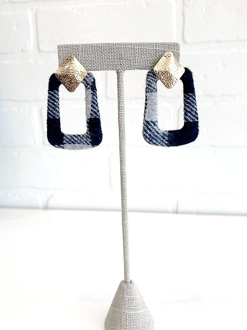 Black and Grey Plaid Earring