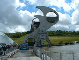 81-Falkirk-Wheel.jpg