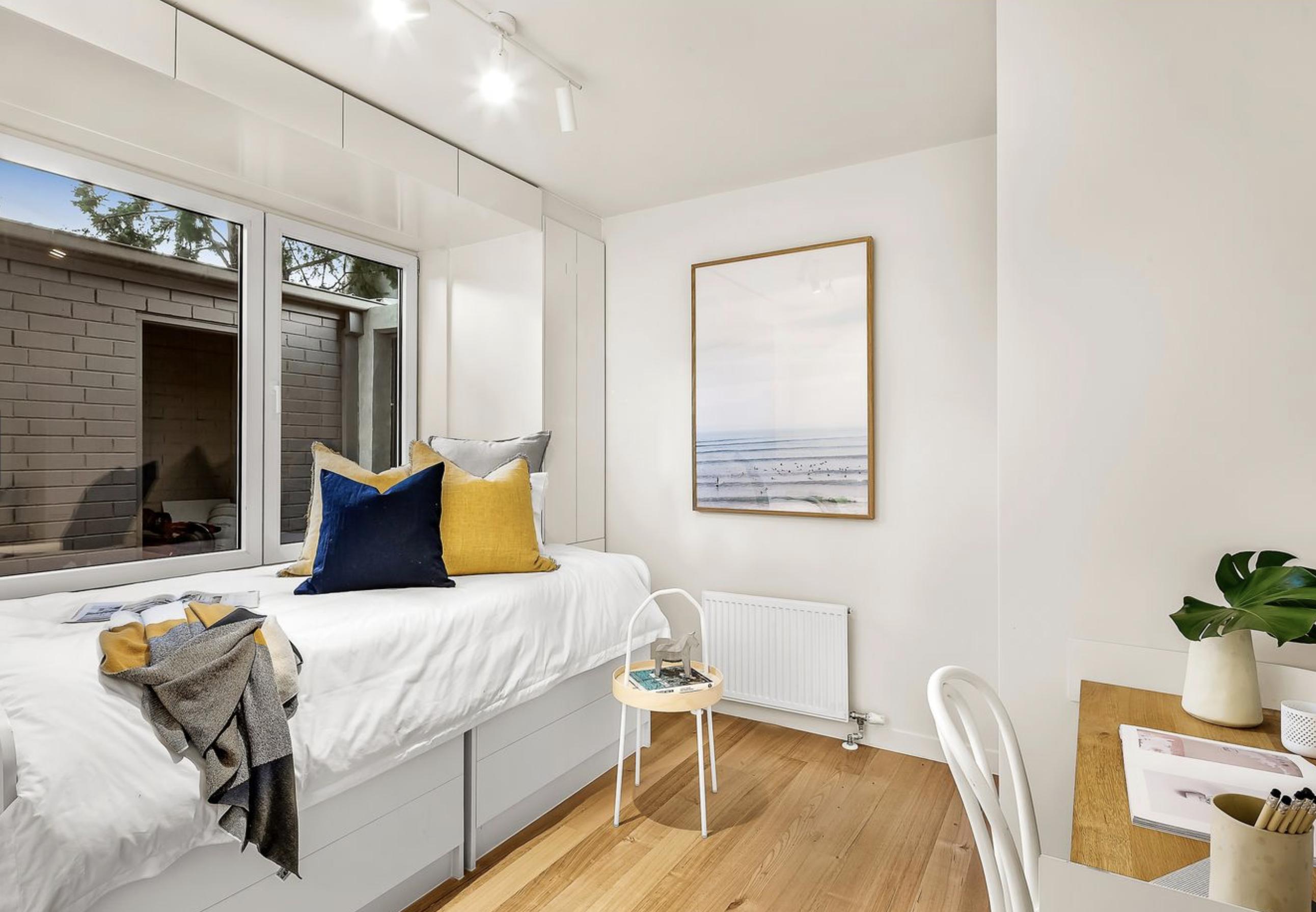 Bedroom windows replacement, Armadale, Melbourne.