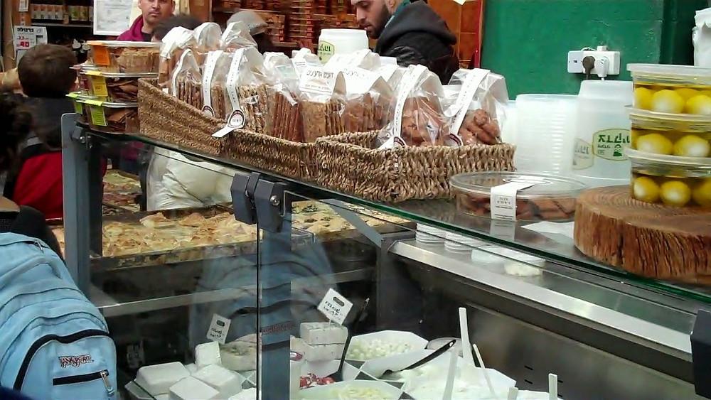bread in mahaneh yehudah market