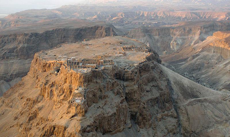 800px-Aerial_view_of_Masada_(Israel)_01.jpg