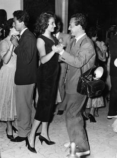 Tazio Secchiaroli dances with Maria Moneta Caglio, Rome 1956