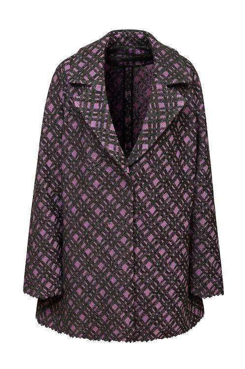 Vyšívaný kabát