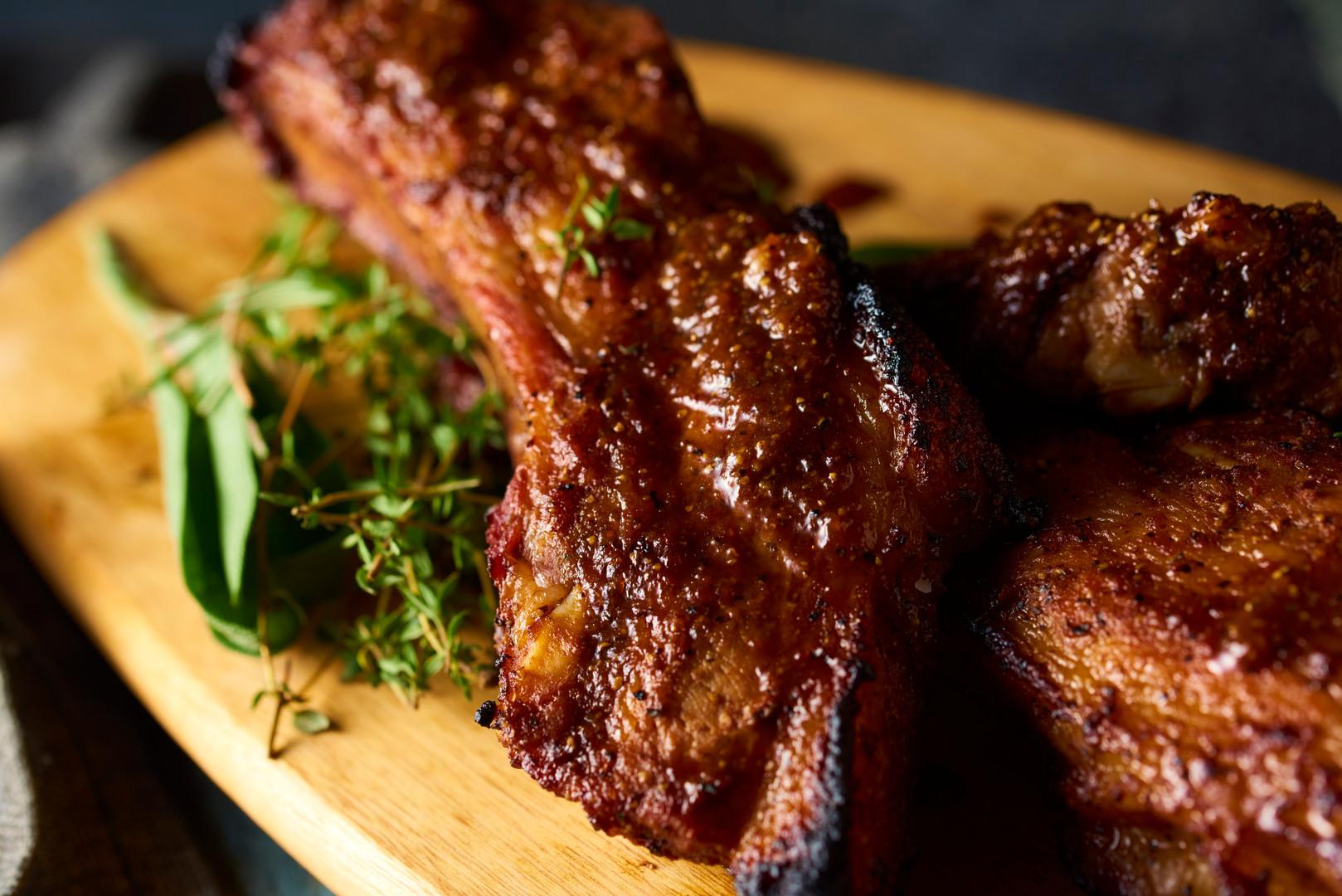 豚スペアリブのオーブン焼き