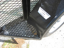 Fender steps to protect fenders