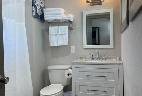 Hotel - Room - 1 - Bathroom.jpg