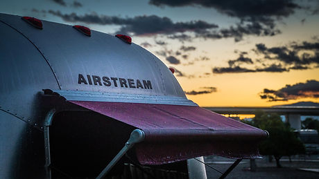 airstream-1359135_1920.jpg