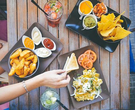 eating-601581_1920.jpg