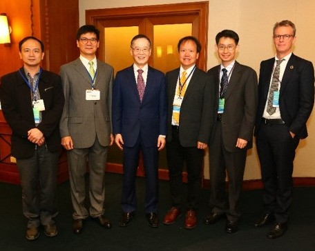 Presenters with Hsiang Lin-Chih, Dean of the College of Business at NTU